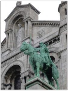 ジャンヌダルクの銅像